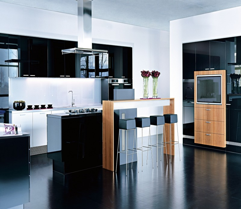 Gloss Laminate Kitchen Cabinets For Mix Colors