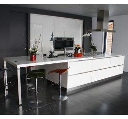 Glossy lqcquer finish kitchen design australian style