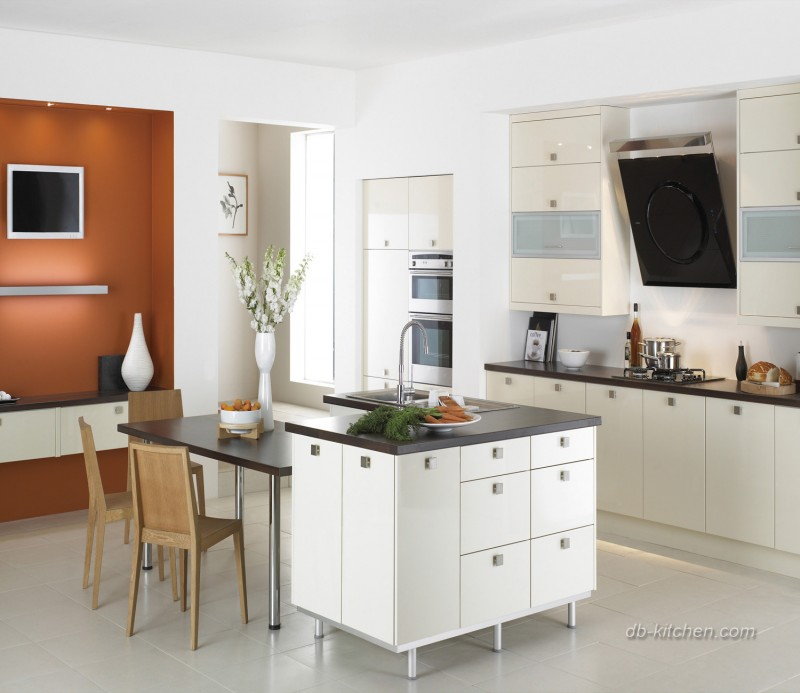 Glossy white UV kitchen cabinet country style