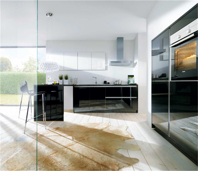 Kitchen Design Uv: Uv High Gloss Kitchen Cabinet Design