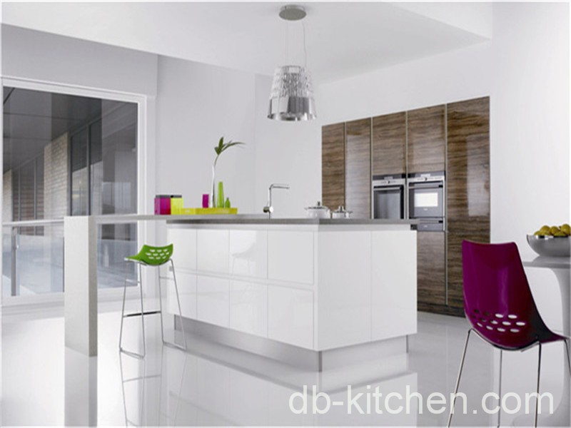 kitchen cabinet combination of high gloss lacquer and UV wood grain & imported high gloss lacquer and wood grain UV kitchen cabinet design ...