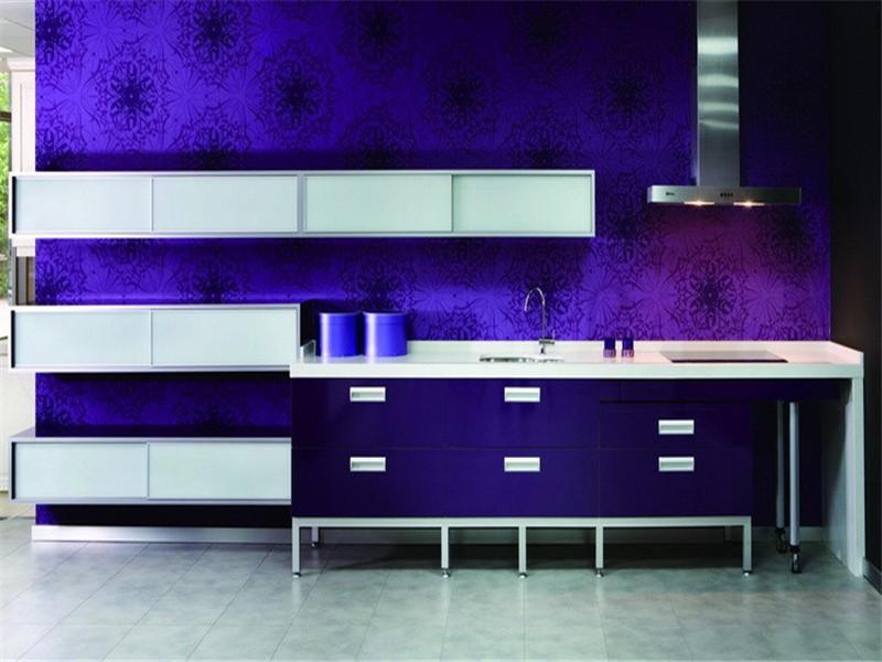 white Gloss kitchen cabinet